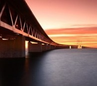 Photo You Must See: The Long Bridge to Sweden
