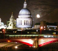 Full moon over London