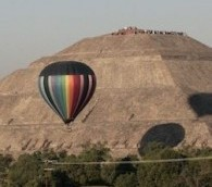 Photo You Must See: Hot Air Balloons Over Teotihuacan
